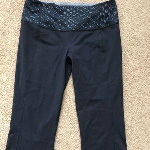 Lululemon Gather & Crow crop leggings